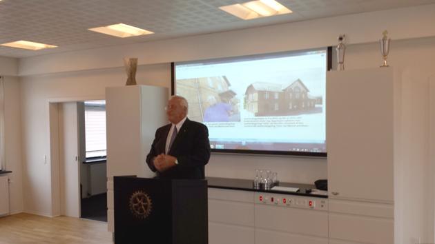 Gregers Petersen fra Østjysk Iværksættercenter gæster Hadsten Rotary Klub