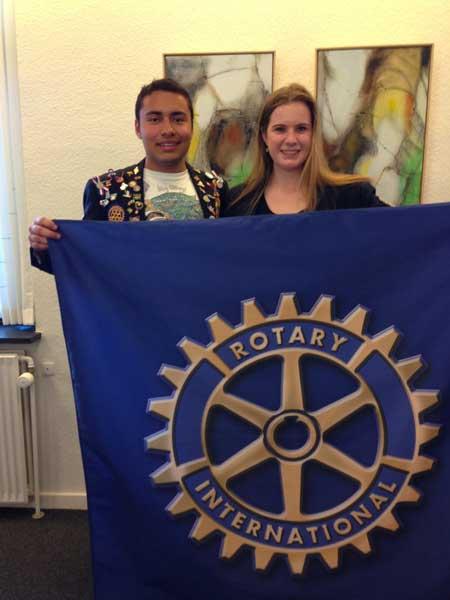 Udvekslingsstudenterne Lizzy og Roberto
